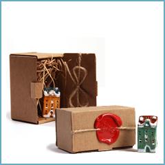 праздничная упаковка к керамическому домику