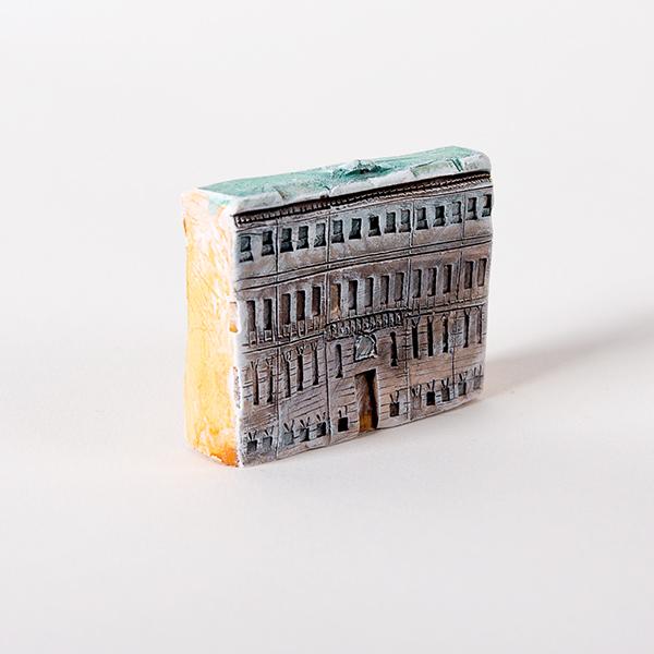 Керамическая миниатюра ручной работы Миллионная улица, дом 1